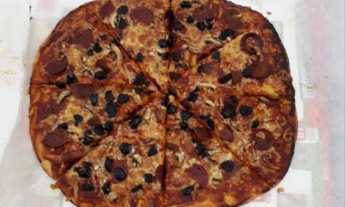 Evde Karışık Pizza