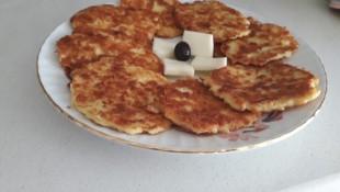 Kahvaltıya Patatesli Mücver