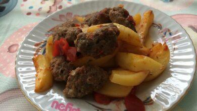 Fırında köfte patates